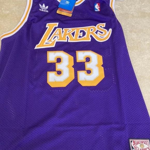 Kareem Abdul-Jabbar 33 LA Lakers XL NWT